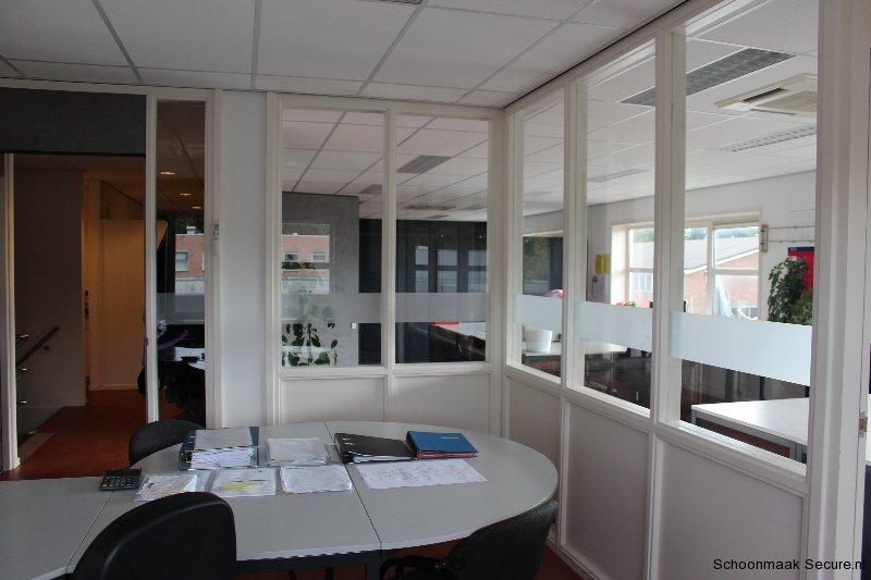 Kantoor schoonmaak Foto5